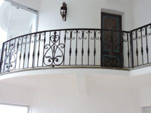 кованный балкон перила