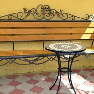 Садовая скамейка кованая 020